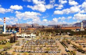 باید به ذوب آهن اصفهان به عنوان نماد فولاد کشور کمک کنیم؛